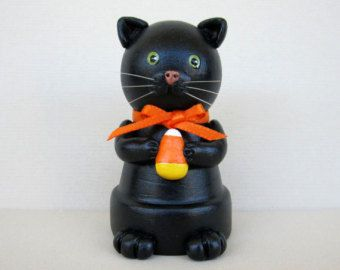 Clay pot black cat for Halloween.