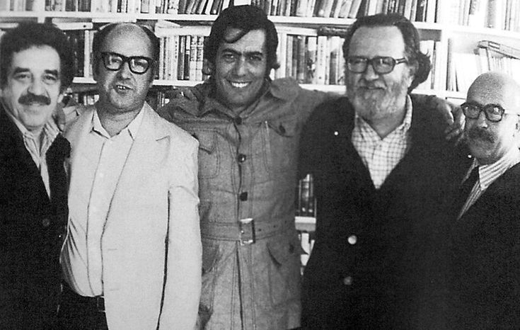 Gabriel García Márquez, Jorge Edwards, Mario Vargas Llosa, José Donoso e Ricardo Muñoz Suay. 1974. Some party.