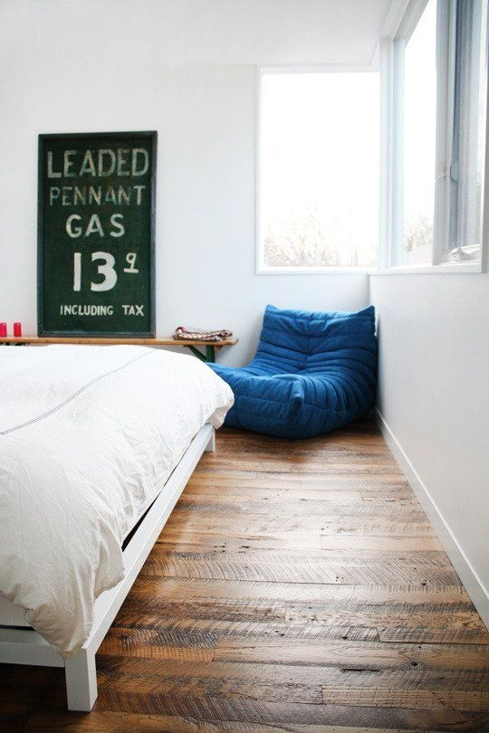 8 ways to clean hardwood floors!   Okay, we've tackled the best ways to clean laminate, tile, and carpeted floors, and now it's time for the [my] holy grail of flooring: hardwood. Maybe you have gorgeous hardwood floors that you'd like to pass on to your great-grandchildren, or you want to pay the proper respect to the trees that gave their lives, or perhaps you just want shiny, shiny floors; in any case, read on...