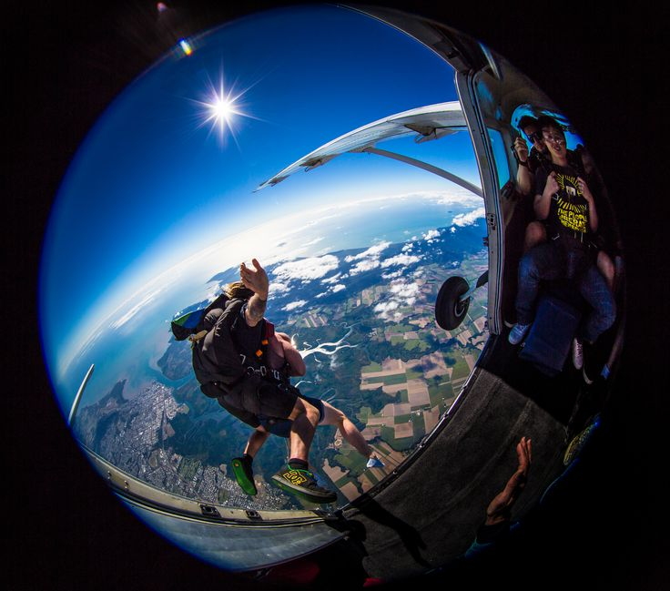 At Skydive Australia, we get a magnificent view of Byron Bay's amazing coastline every day. Come skydive with us! #SkydiveAustralia #ByronBay #Australia #travel #coastline