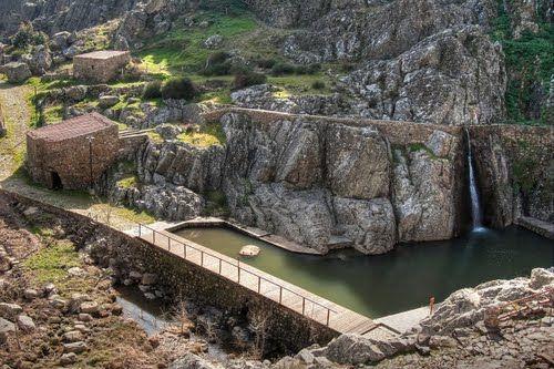 http://aguiaturistica.blogspot.pt/ Piscinas de Penha Garcia, Idanha-a-Nova, Castelo Branco, Portugal