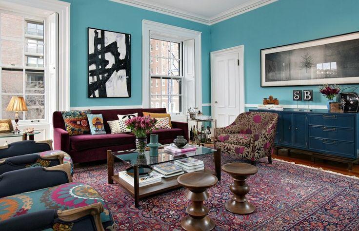 Salón decorado siguiendo un esquema de colores análogos. Fuente: 2014decoracion.com