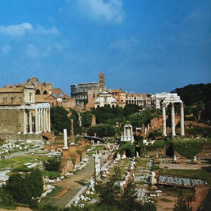 Aloitan blogissa sarjan Rooman keisareista. Esittelen keisarit niiden kronologisessa järjestyksessä aloittaen ensimmäisestä varsinaisesta keisarista eli Augustuksesta ja päättäen sarjan Länsi-Rooma…