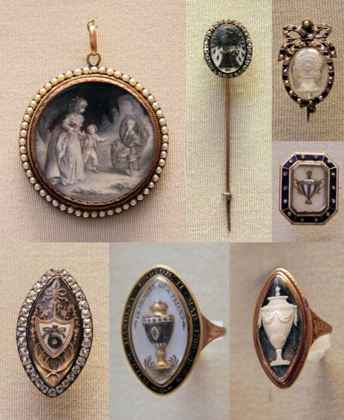 Mourning jewellery : At least one of these is definitely late 18th century,