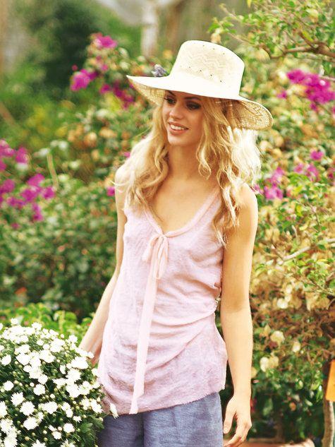 Mooi vallende tuniek uit Burda 03/2012.  Ook leuk als jurk (verlengen).