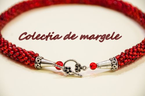 Red, red wine - beading croche necklace by Colectia de margele  http://colectiademargele.ro/