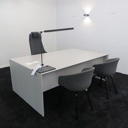Quaranta executive bureau #actie #korting #showroom #burovorm #fantoni www.burovorm.be