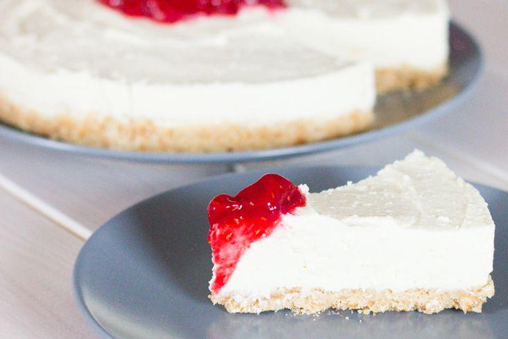 White Chocolate Cheesecake nach Mara von Life is full of Goodies  Es gibt da einen Kuchen, den ich bei meiner Bloggerfreundin Mara von Life is full of Goodies gefunden habe, der so unfassbar gut ist, dass ich ihn wohl zu den… Weiterlesen