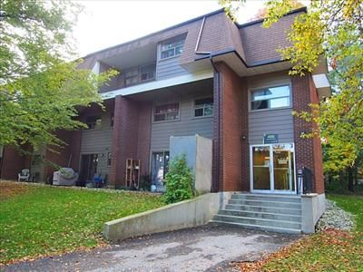 457 - 499 Albert Street - Apartments for Rent in Waterloo on www.rentseeker.ca - Managed by Northview