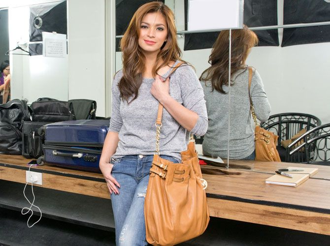 Purse Paparazzi: Angel Locsin