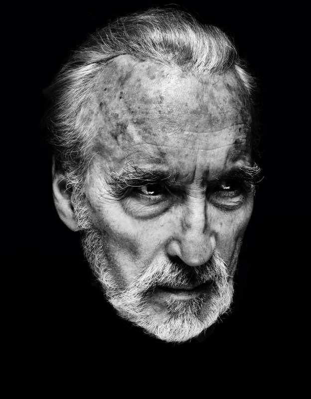 Solitary Portraits – Nadav Kander
