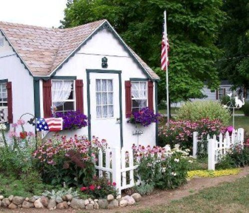 Jeannie Rhoades S Crafty Cottage From Dreamy Garden