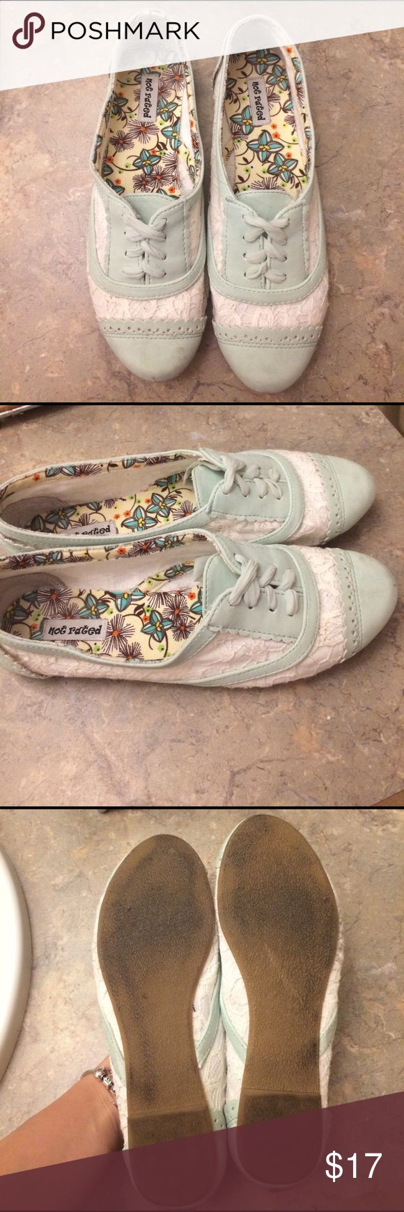 💙Not rated teal closed flats size 8.5💙 Not rated closed flats size 8, gently used. Mint color with white lace. cute and comfortable. Will ship ASAP if purchased! Not Rated Shoes Flats & Loafers