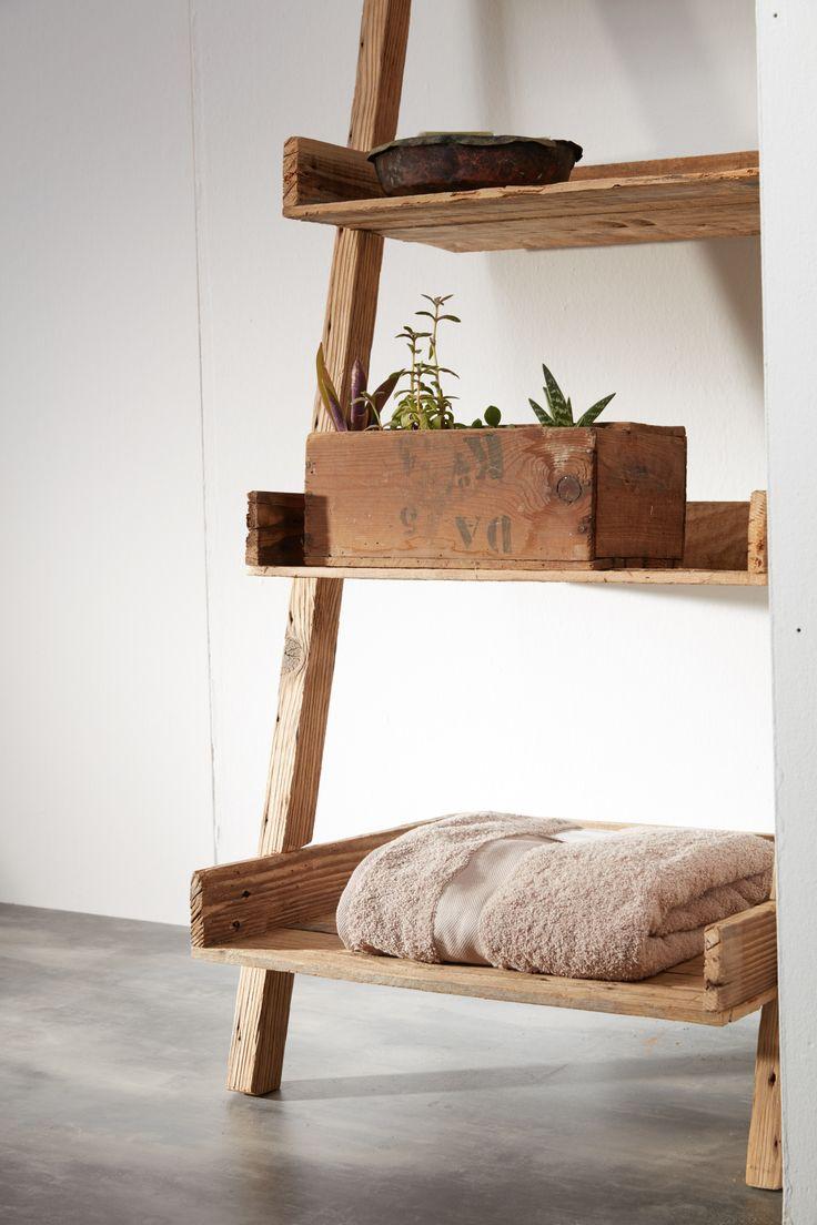 Ενα έπιπλο stand, ιδανικό για το μπάνιο στο εξοχικό σας.  Απο τη Furnibath www.furnibath.gr