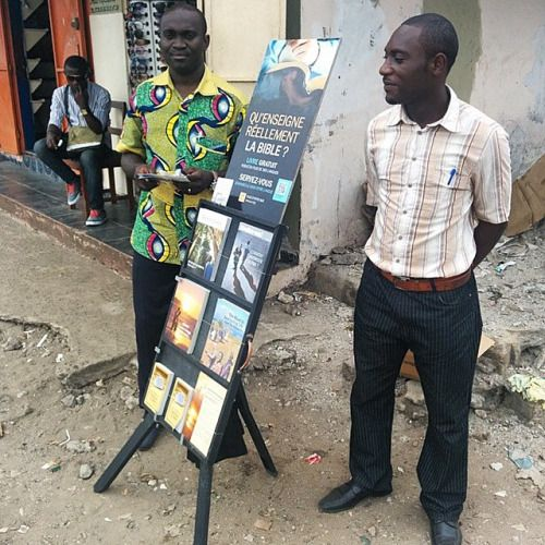 Public witnessing in Gabon. Photo shared by @nyarkovich