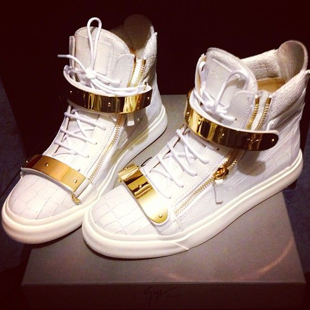 Giuseppe Zanotti high tops. I would die for these. Love the detail.