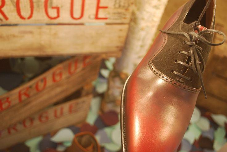 Luxury shoe boutique window display design in Geneva by Kingston Lafferty Design. www.kingstonlaffertydesign.com