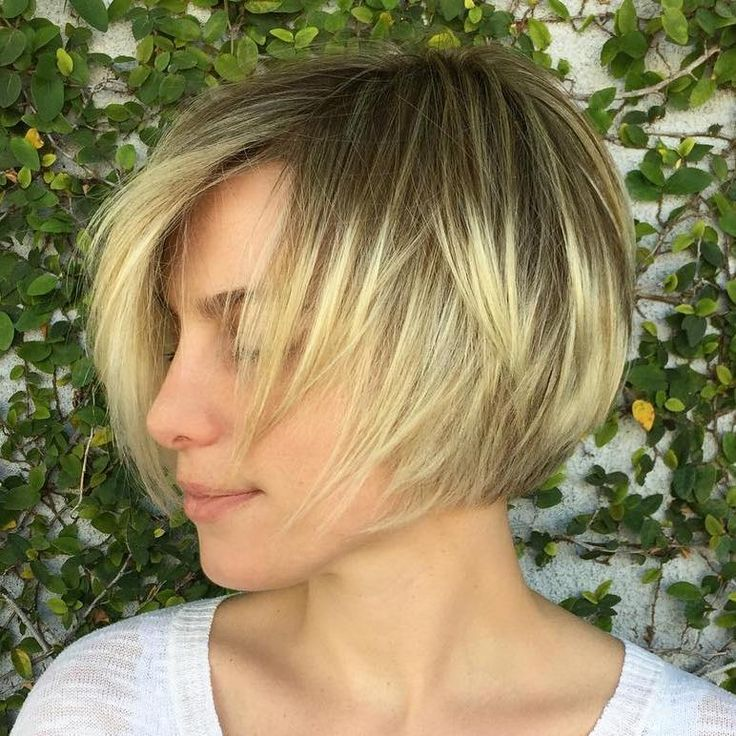 Short+Layered+Blonde+Balayage+Bob