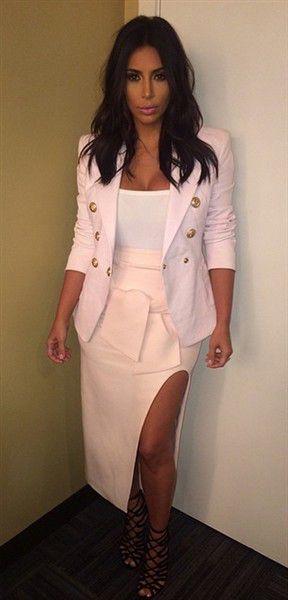 Kim Kardashian Debuts Haircut On Instagram, Cuts Off A Few Inches | Gallery | Wonderwall