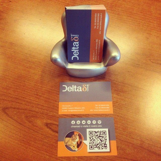 Ecco i nostri nuovi biglietti da visita con QR Code e Gatto Ciro !