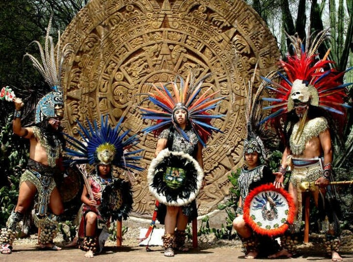 account of the life and culture of the aztec Lifestyles of the ancient aztecs ancient aztec children were usually born with the help of a mid-wife after the umbilical cord was cut, the mid-wife washed the baby and prayed to the water god chalchiuhtlicue.