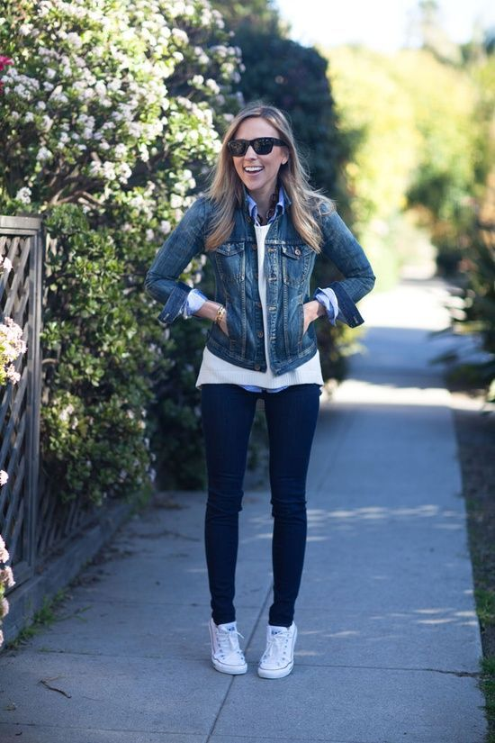 5 casual street style outfits of scarlett johansson celebrity style pinterest mode. Black Bedroom Furniture Sets. Home Design Ideas
