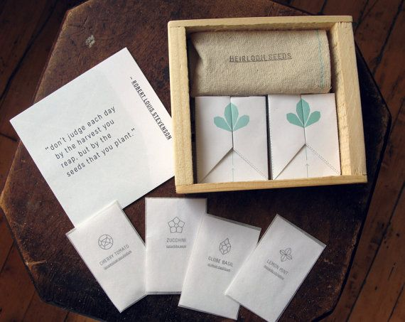 Give the gift of green to your wedding guests with heirloom seeds // Found @srainwater on Etsy