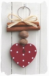 Cinnamon, Nutmeg & Wooden Heart Hanger