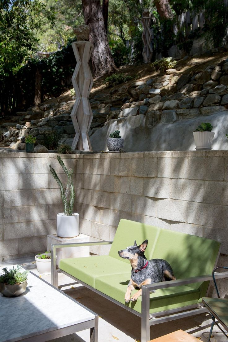 An Art Loveru0027s Harmonious Home. Side YardsCase StudyHouse ...