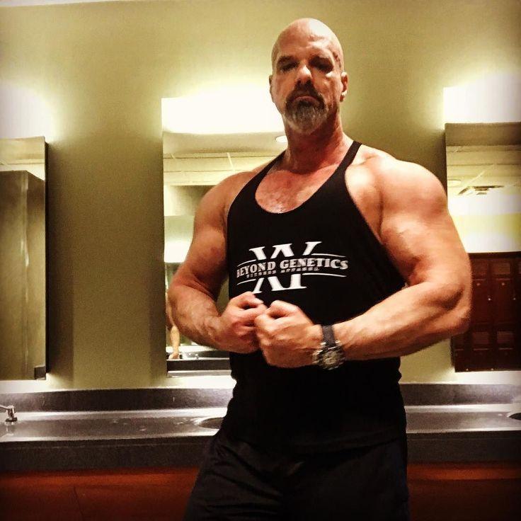 #motivation #workout #gym #bodybuilding #muscle #gym meme #muscle #gymmeme #fitness #bodybuildinglifestyle #bodybuildingmotivation #daddy #jacked #fitfam #бодибилдинг #la musculation #dilf  #Übung #Muskel #gymaholic #musclephoto #kroppsbyggare
