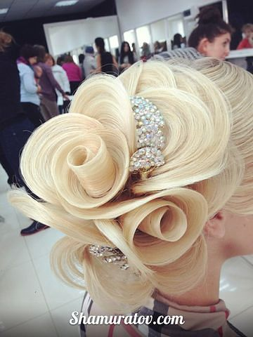 Steckfrisur|Re Post by Fashionista-Princess-Jewelry.tumblr.com| Fashionista-Princess-Jewelry.Blogspot.com