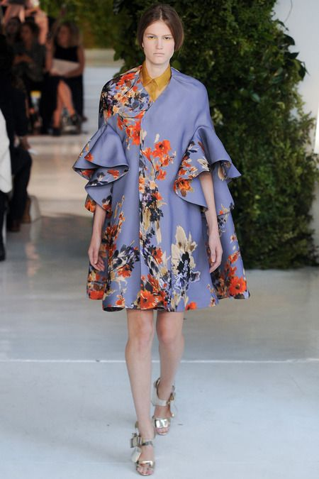 Delpozo Spring 2014 Ready-to-Wear Collection Slideshow on Style.com