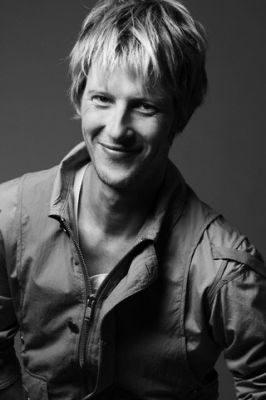 Oooolala Gabriel Mann you are looking mighty fine!