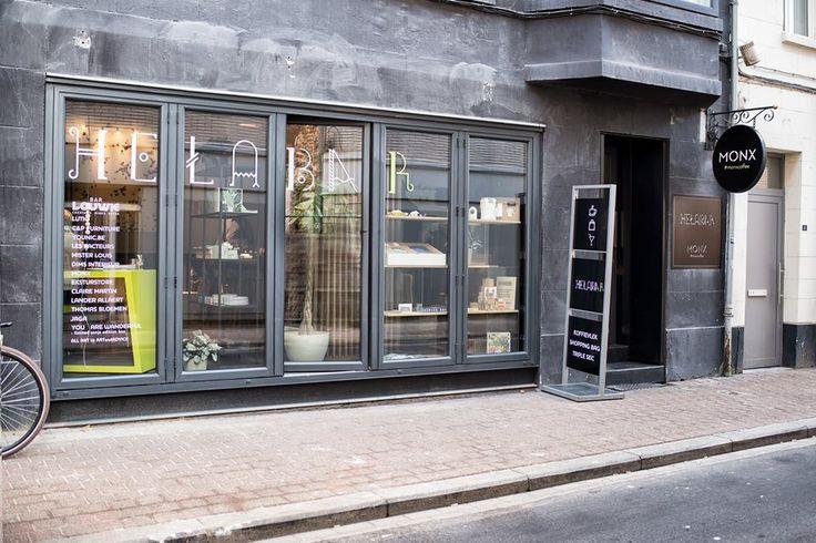 De mannencadeaus van Mister Louis verkrijgbaar bij Hasseltse place to be. Helabar is een tijdelijke pop-up waar je overdag terecht kan voor het shoppen van eigentijds design onder het genot van een lekkere tas koffie. 's Avonds wordt het pand omgetoverd tot een cocktailbar.