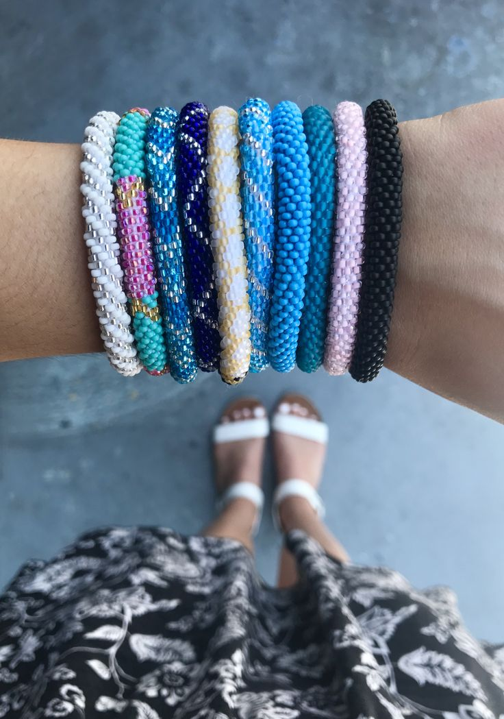 Sashka Co. | Save 25% off entire purchase with coupon code 'BethJa25' | Glass beaded bracelets handmade in Nepal | Boho beach bracelets perfect for summer and festivals Coachella Burning Man Bunbury, great gifts for friends, moms, or jewelry lovers.