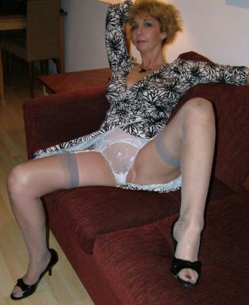 Mature Milfs In Stockings 101
