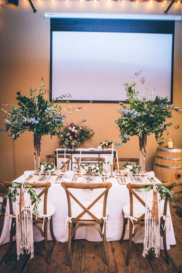 Not Sure If You Should Rent or Buy Your Wedding Decor? | Ifong Chen Photography on @applebrides via @aislesociety