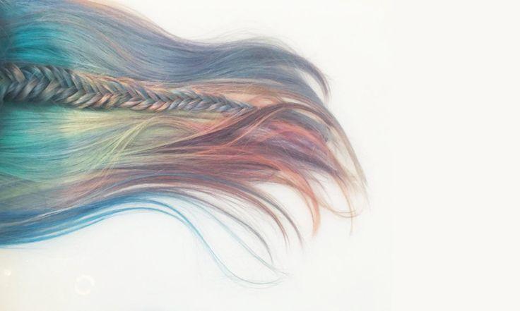 """Capelli da Unicorno o Sirena: """"Mermicorn hair"""" - http://www.beautydea.it/capelli-unicorno-sirena-mermicorn-hair/ - Volete cambiare look capelli? Per essere alla moda bisogna scegliere la Mermicorn Hair! E' una nuova tendenza di colorazione dei capelli che nel 2016 spopolerà in tutta Europa!"""