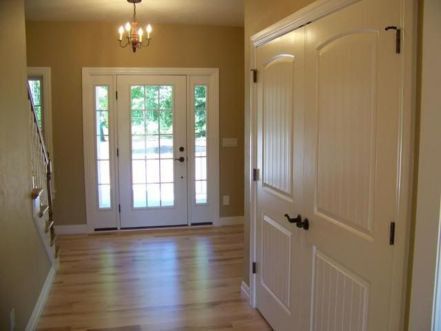 Wilmington Tan Paint Color 640 x 481