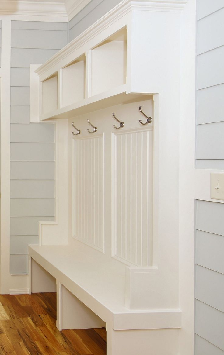 17 best images about home breezeway mudroom porch on for Breezeway screen room