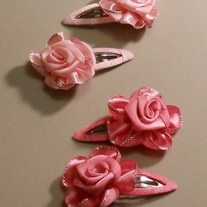 little bunnies made of ribbon