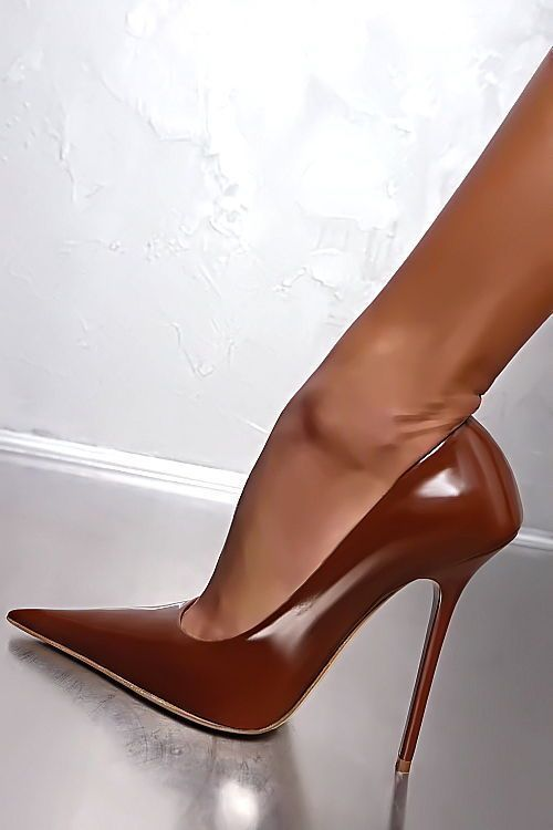 MADE IN ITALY LACK LEDER BRAUN HOHE Stiletto D93 Pumps Schuhe Leather High Heels #highheelspumps