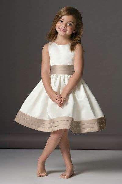 Vestido cortejo niñas