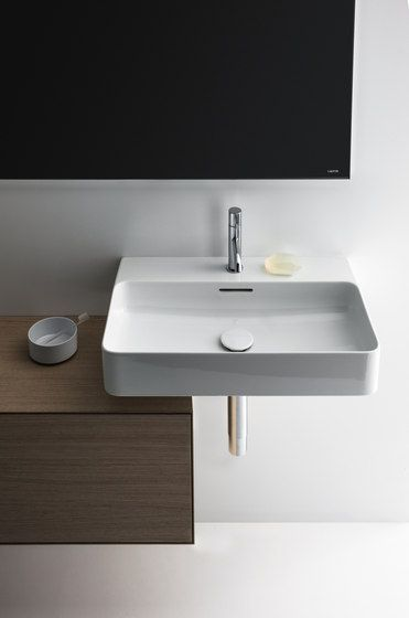 Detailed informations about product Val | Washbasin by Laufen with informations about addresses of retailers, picture galleries and different contact tools.…
