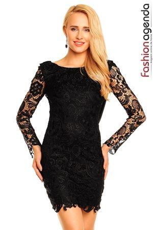 Rochie Neagra Din Dantela Queen of the Night Disponibila si pe crem , le gasesti aici : http://www.fashionagenda.ro/rochii
