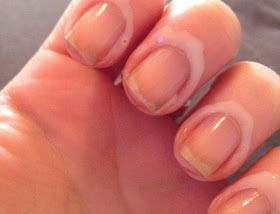 Rim nails with PVA glue for perfect nails