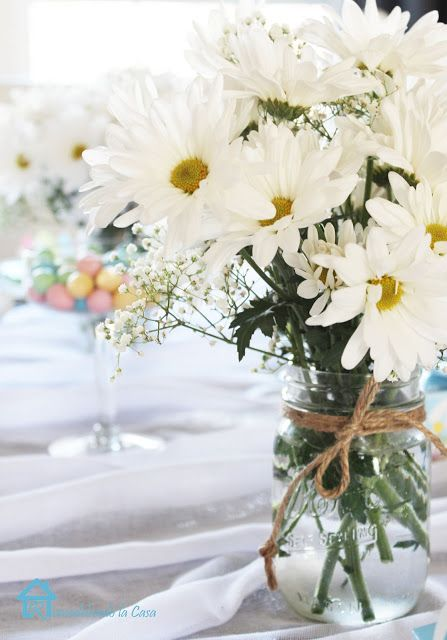 Wedding centerpieces-daisies