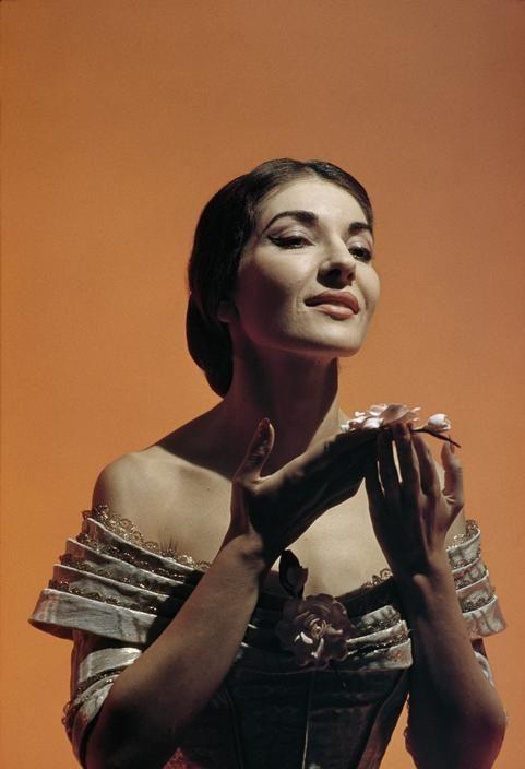 operaqueen:  Maria Callas, La Traviata.