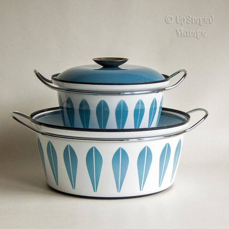 Vintage CATHRINE HOLM of Norway Set of 2 Blue Lotus Dutch Oven Saucepans by UpStagedVintage on Etsy