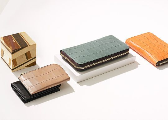 Epoi(エポイ) | 上質な革素材を用いたレディース財布・小物